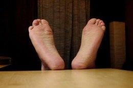 feet-260x173.jpg